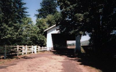 LINN COUNTY: LAND OF COVERED BRIDGES